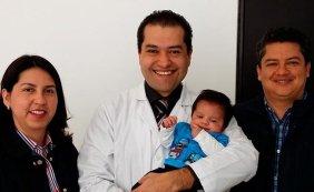 https://www.fertilt.com/wp-content/uploads/2017/06/doctor-badillo-y-pacientes3-1-282x273.jpg
